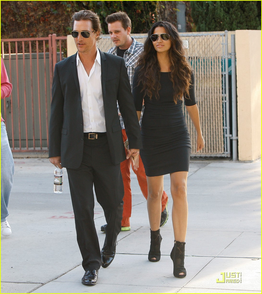 Full Sized Photo of matthew mcconaughey camila alves ...