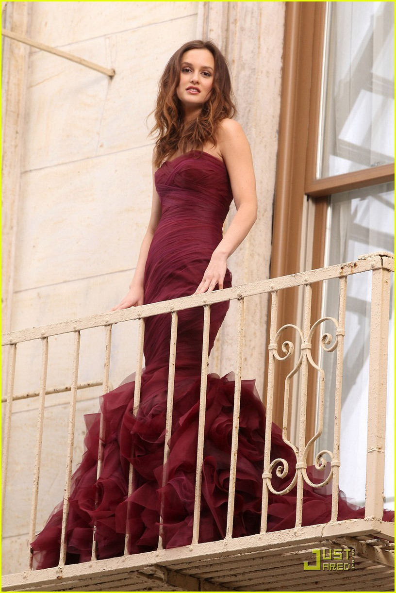 leighton meester shoots vera wang fragrance commercial 082493749
