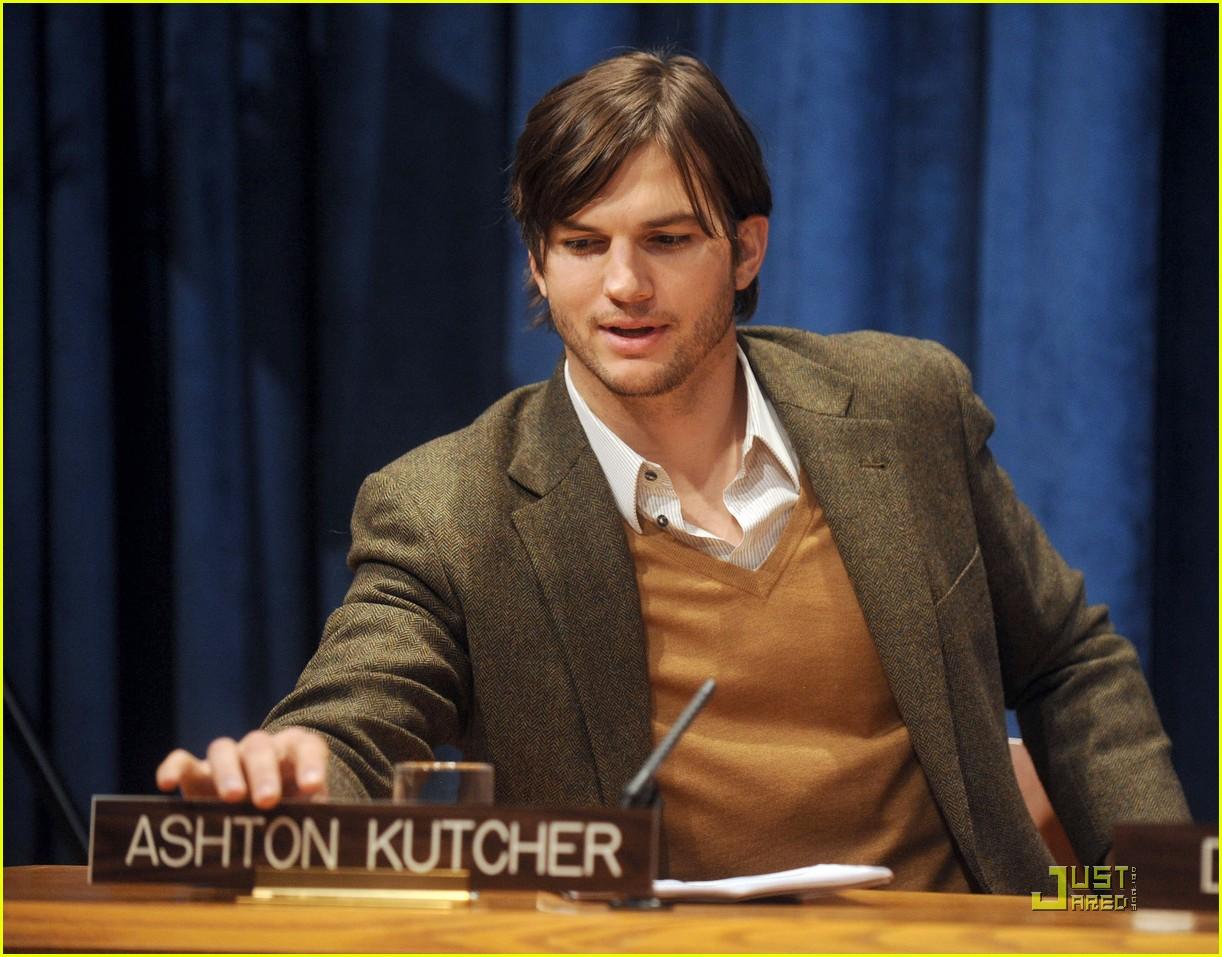 demi moore ashton kutcher fight human trafficking 012492948