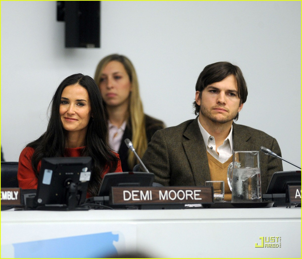 demi moore ashton kutcher fight human trafficking 102492957