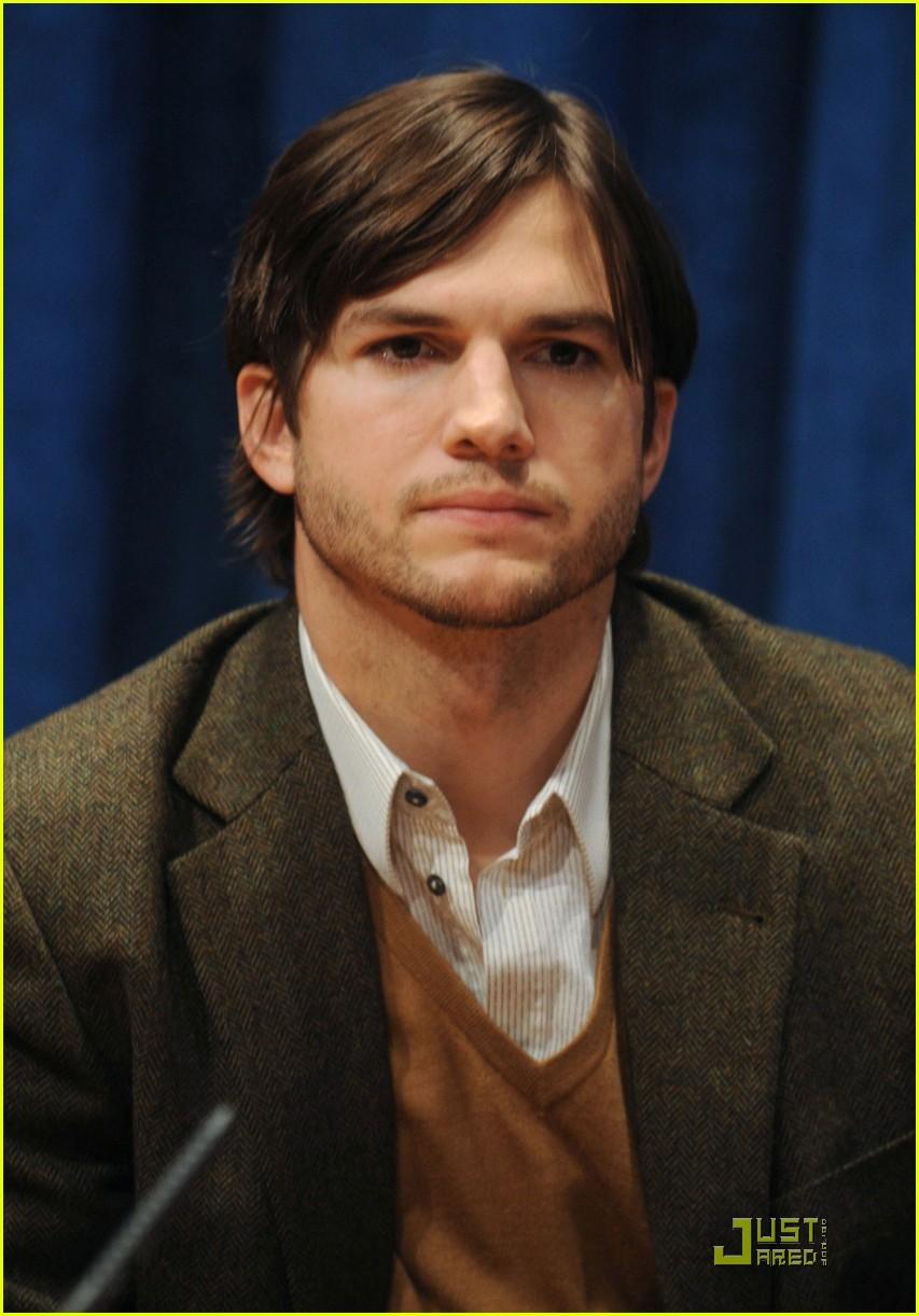 demi moore ashton kutcher fight human trafficking 112492958
