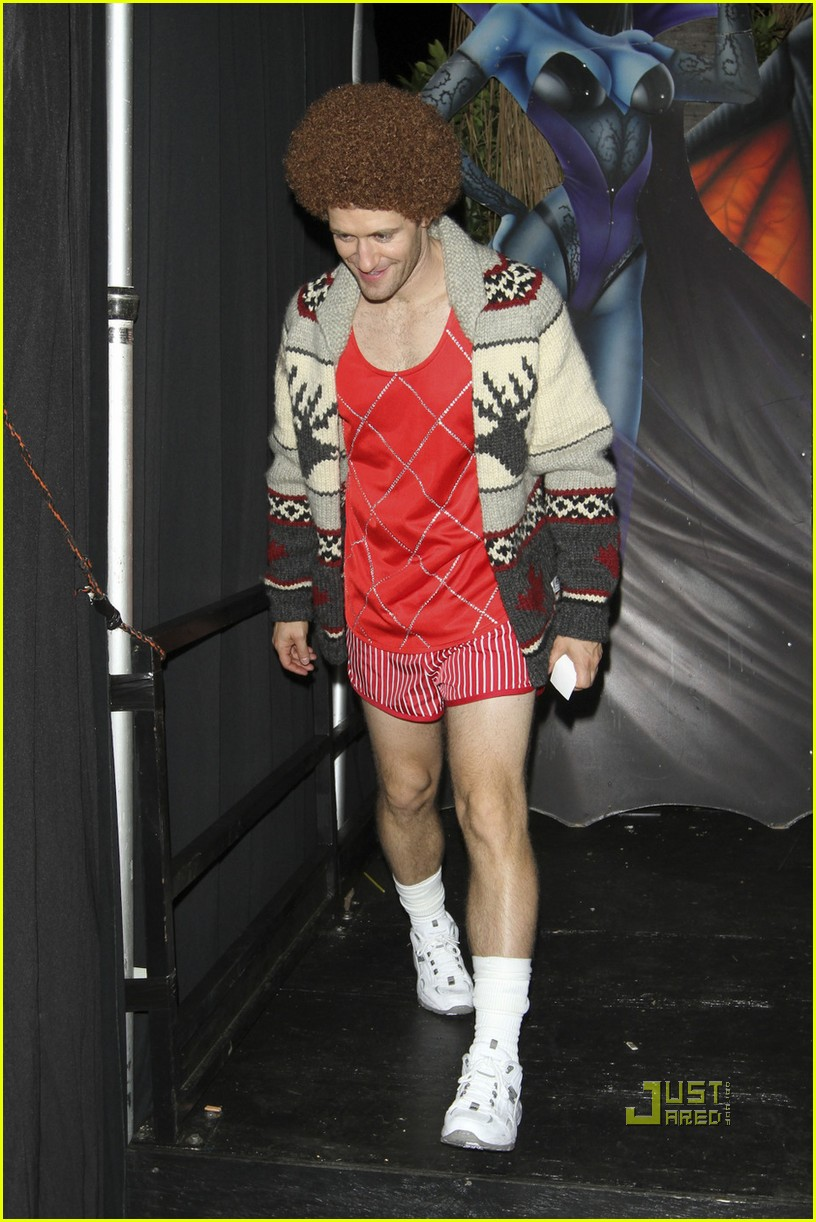 matthew morrison richard simmons costume halloween 02