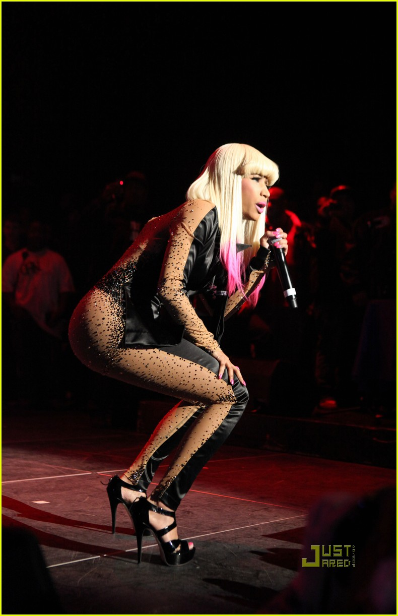 nicki minaj two faced suit 102498636