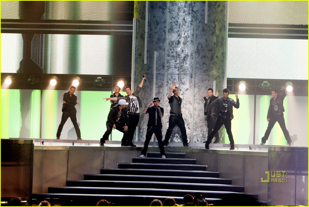 nkotbsb amas performance video 2010 052497446