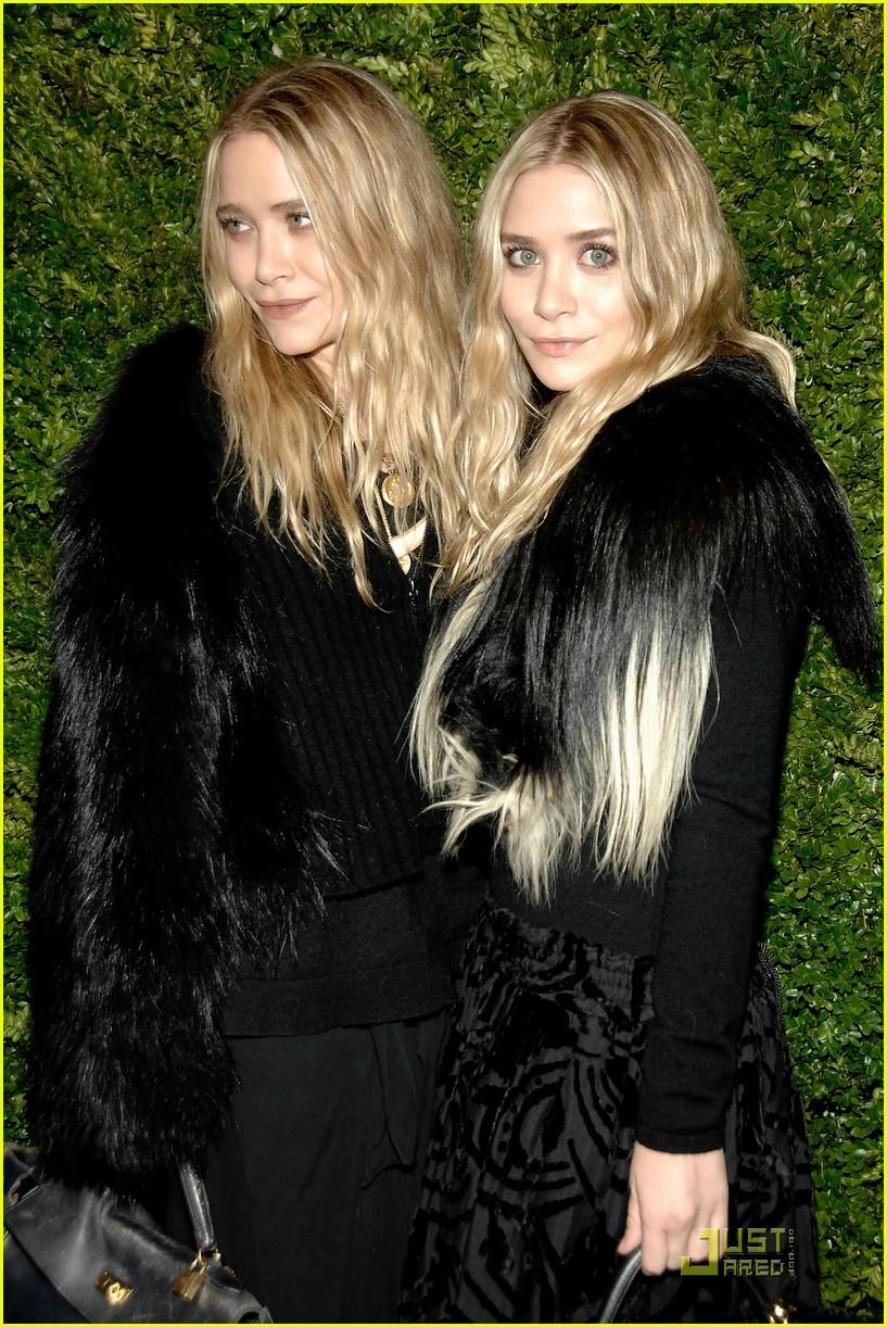 Mary Kate And Ashley Olsen Twins Naked