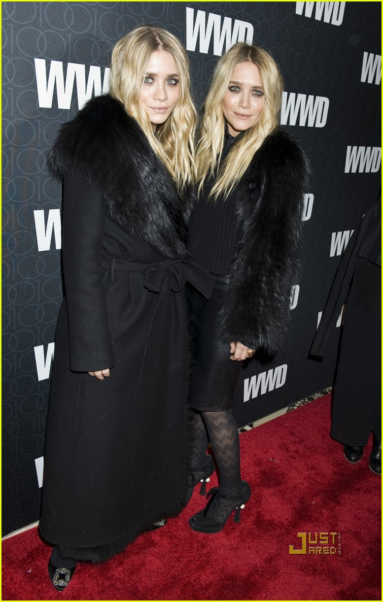 mary kate ashley olsen womens wear daily gala 132492420