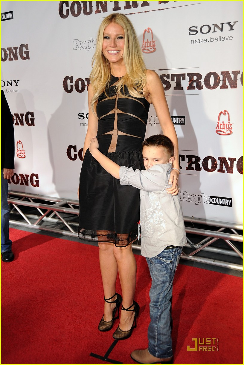 gwyneht paltrow country premiere 052493914