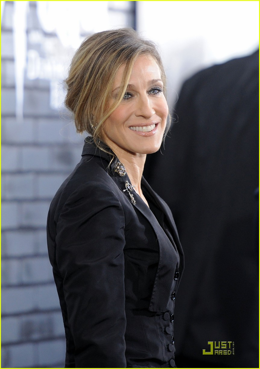 sarah jessica parker beauty in black 042496016