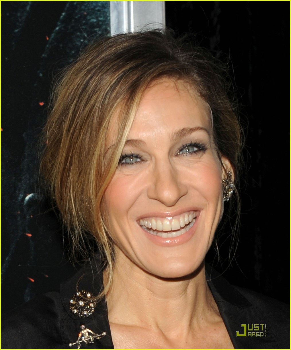 sarah jessica parker beauty in black 06