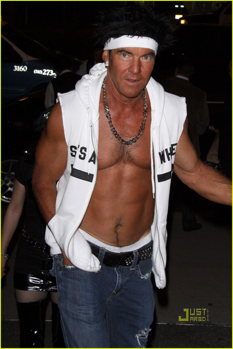 dennis quaid shirtless jersey shore guido for halloween 01