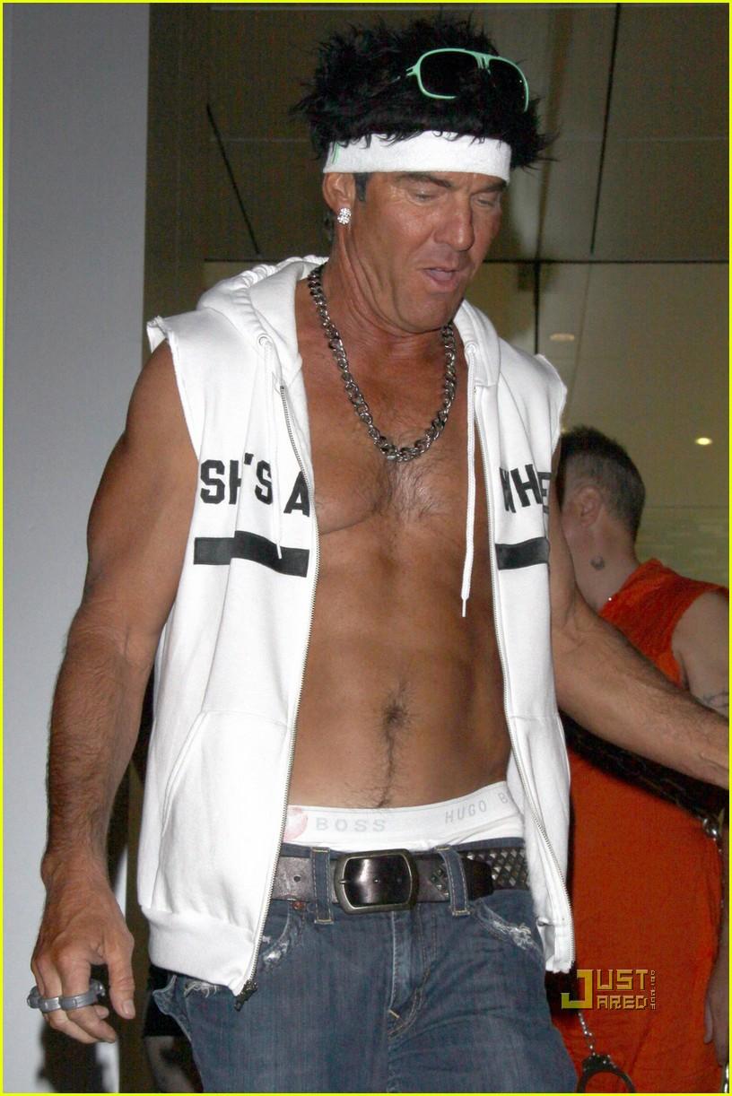 dennis quaid shirtless jersey shore guido for halloween 092491921