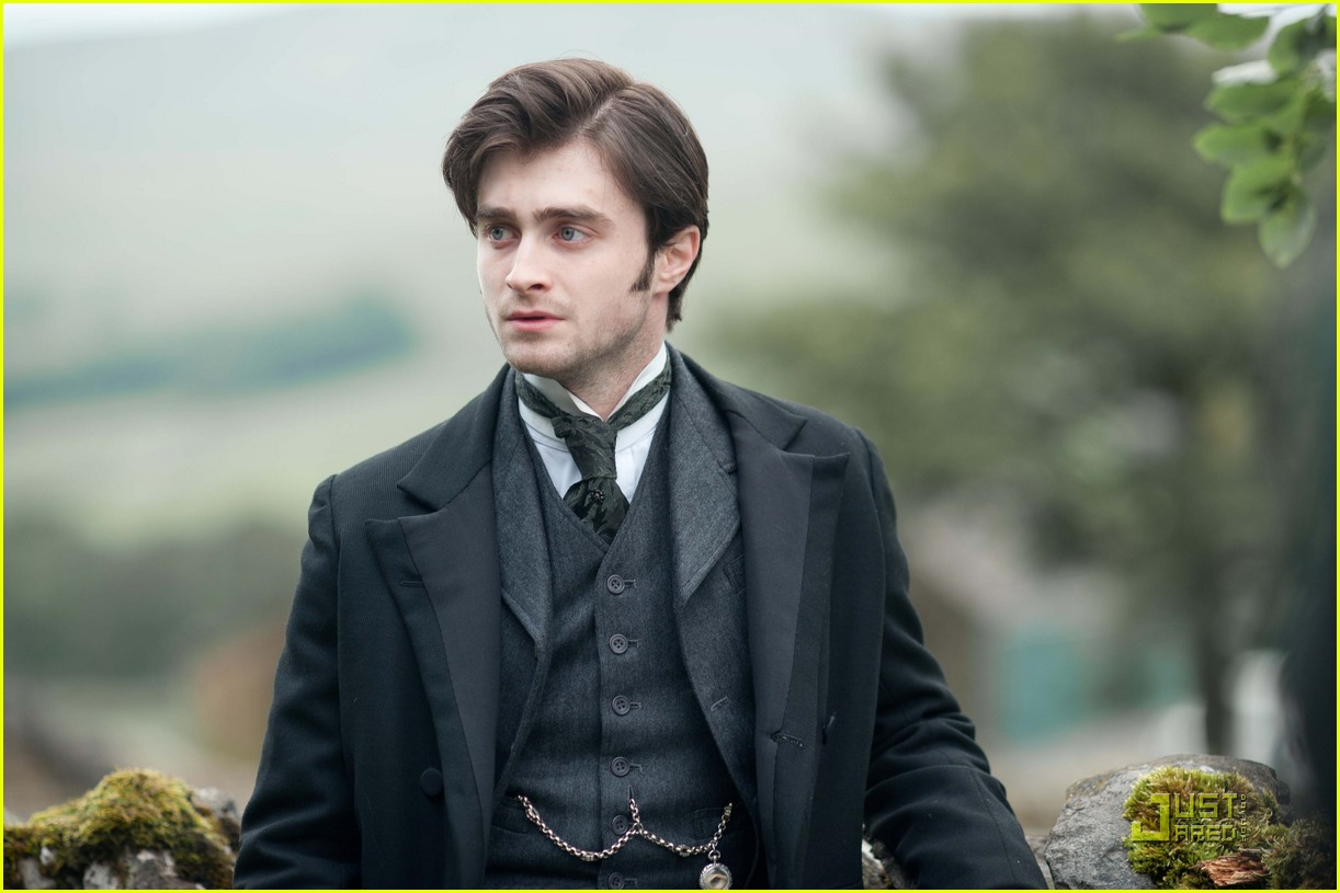 daniel radcliffe lady in black first look 022494761