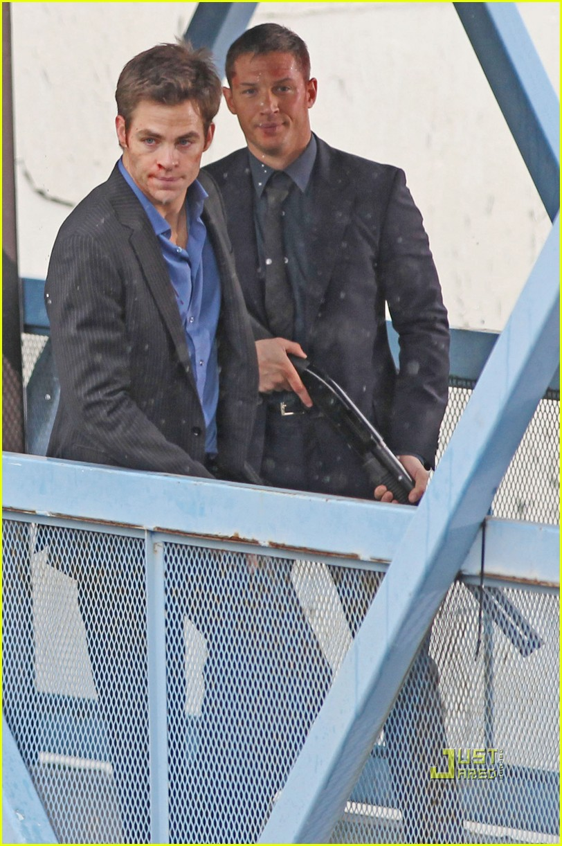 reese witherspoon tom hardy chris pine this means war 07