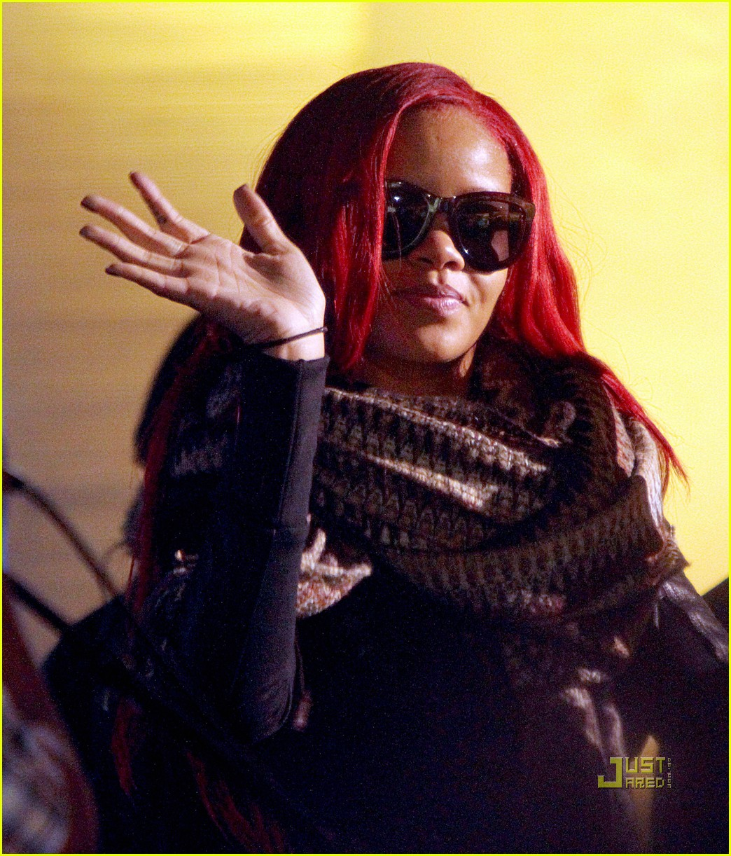 Tyra Banks James Corden: Rihanna: Good Morning America!: Photo 2496261