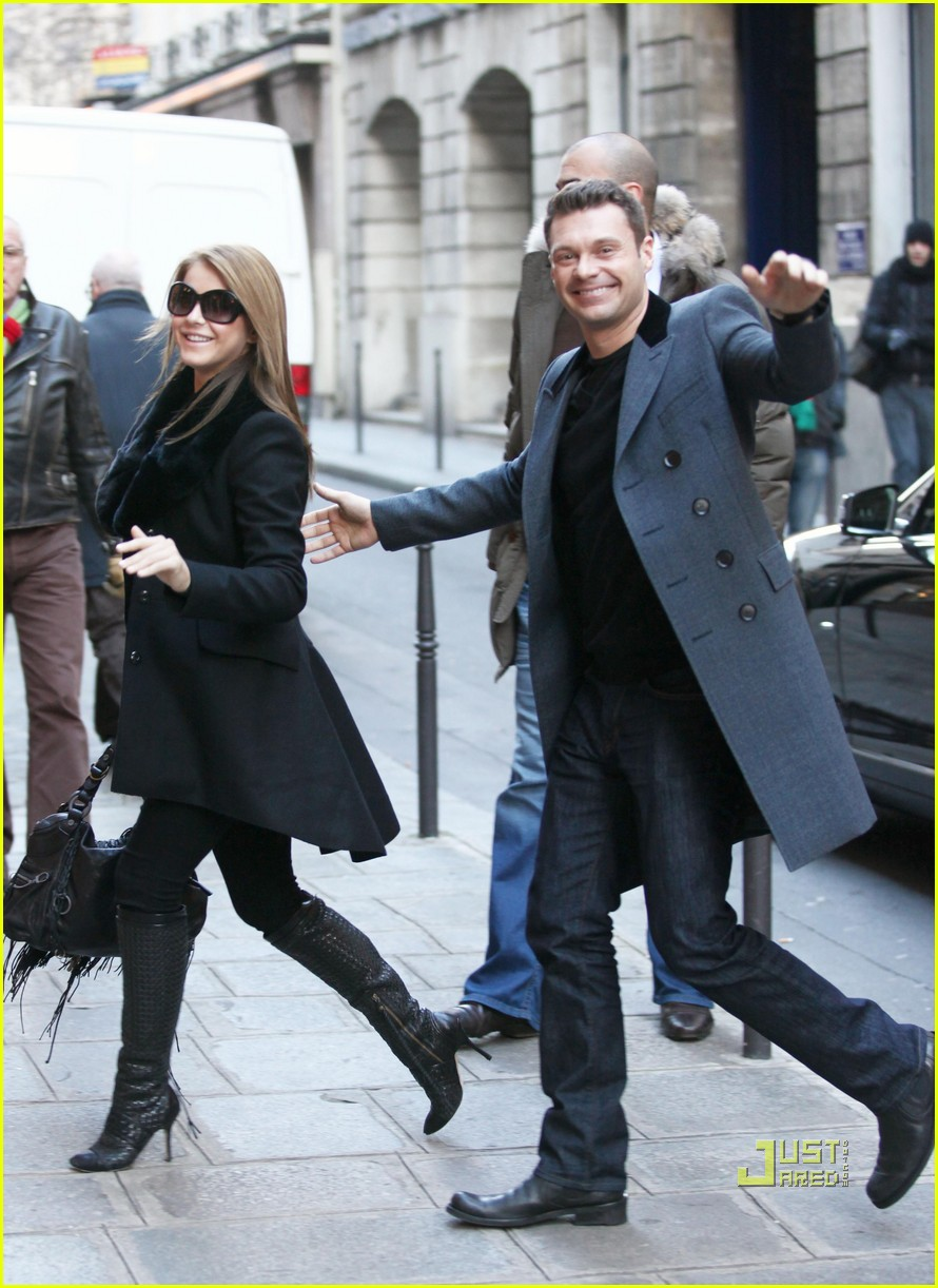 ryan seacrest julianne hough black friday 072498696