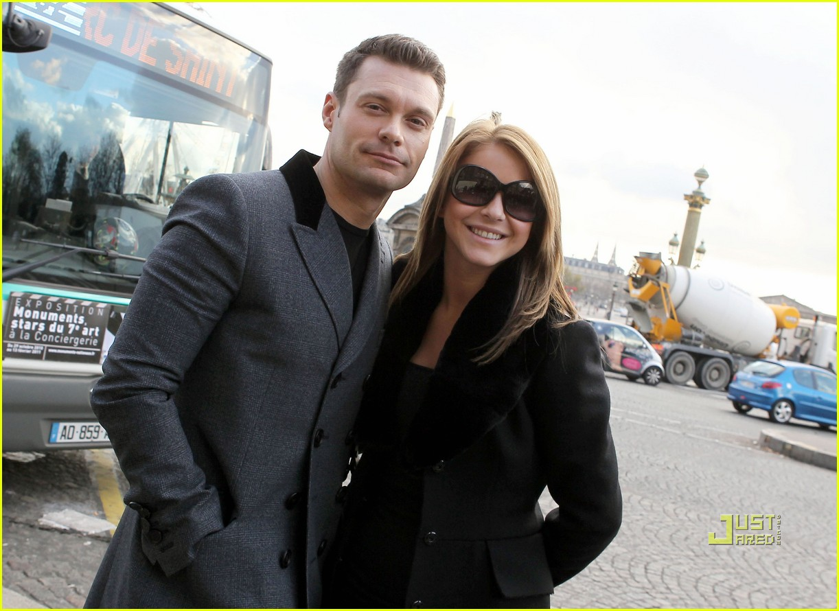 ryan seacrest julianne hough black friday 242498713