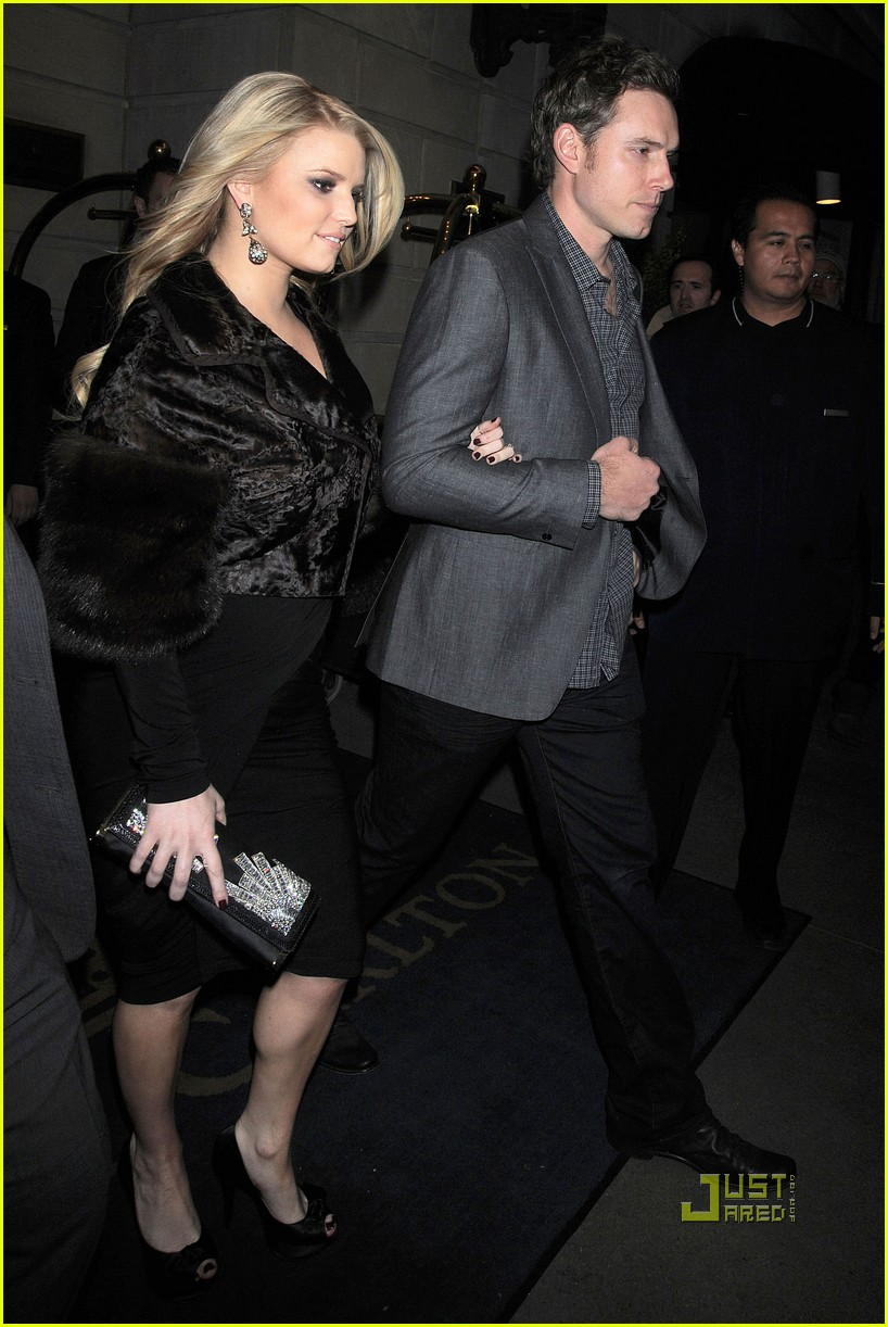 jessica simpson eric johnson date night in nyc 05