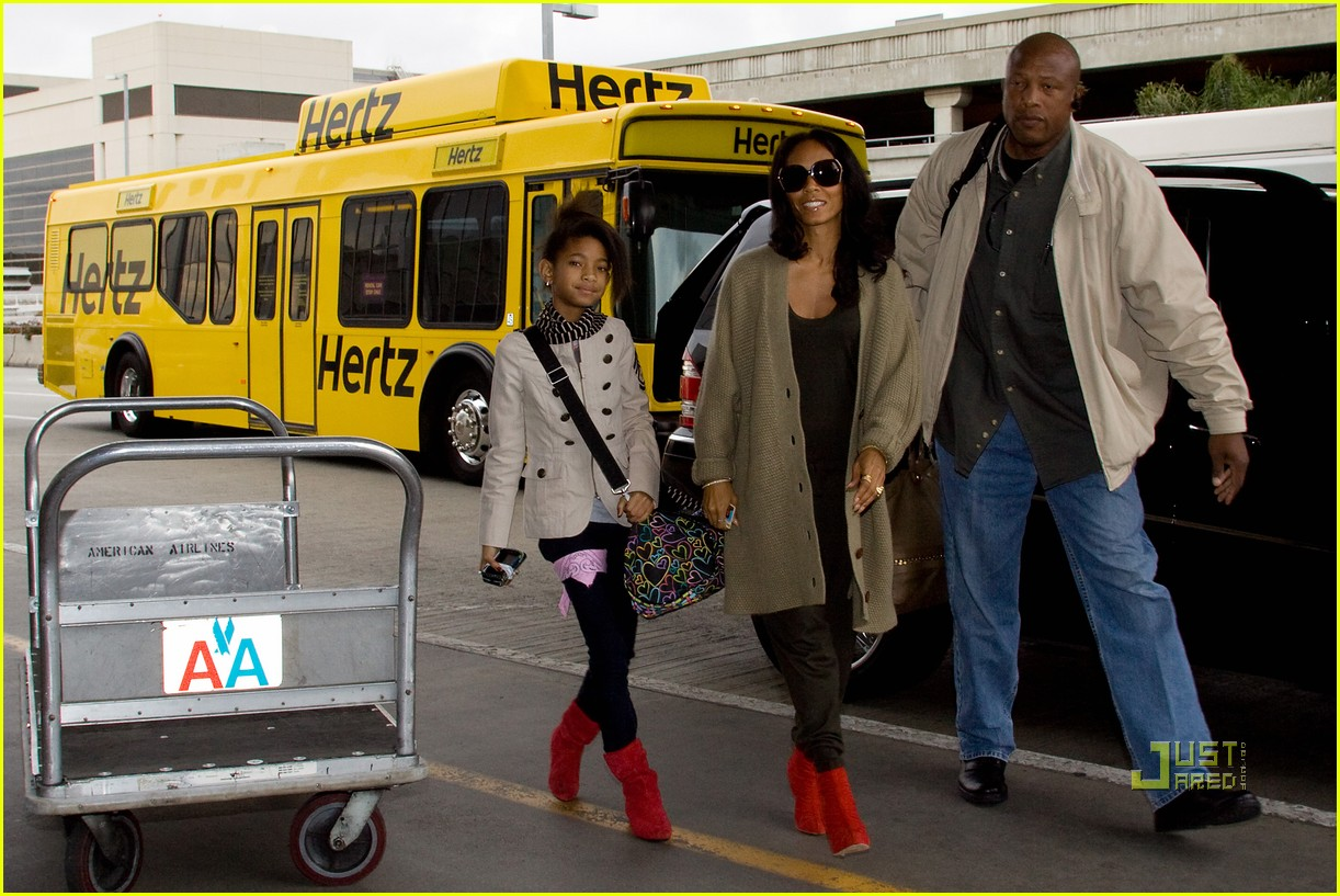 willow and jada pinkett smith rock red shoes 062493725