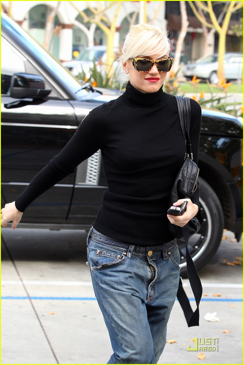 gwen stefani kingston manicure 04