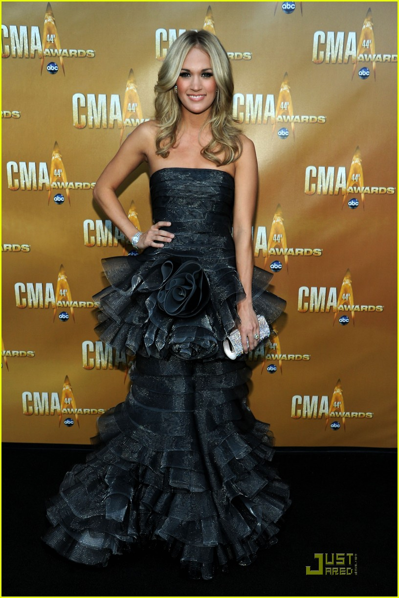 carrie underwood kellie pickler cma 022494525