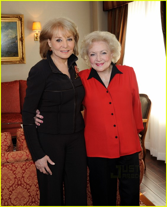 barbara walters betty white sandra bullock 012499675