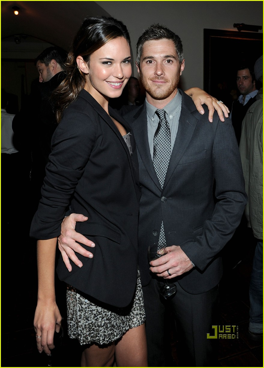 dave annable odette yustman gq men of the year 052496648