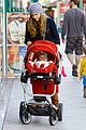 amy adams christmas shopping darren le gallo 11