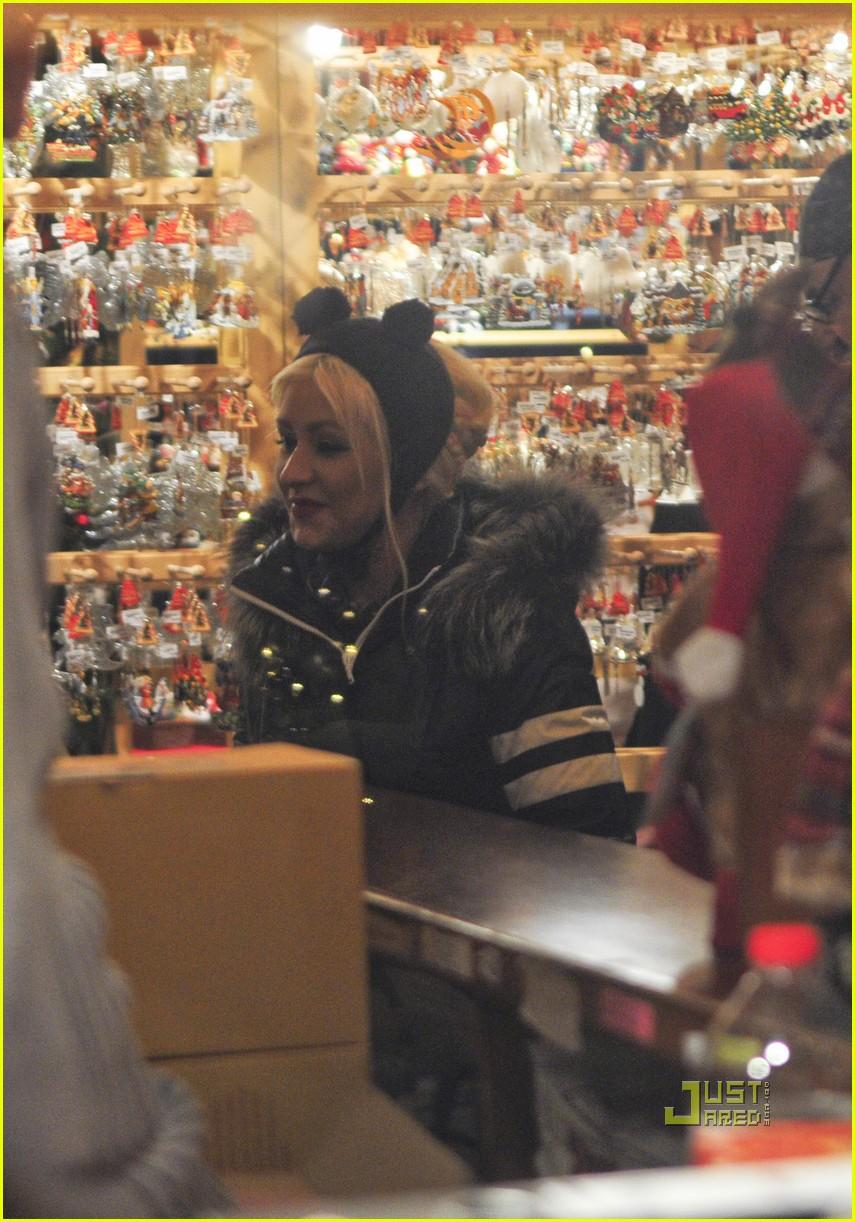 christina aguilera berlin christmas market with matt rutler