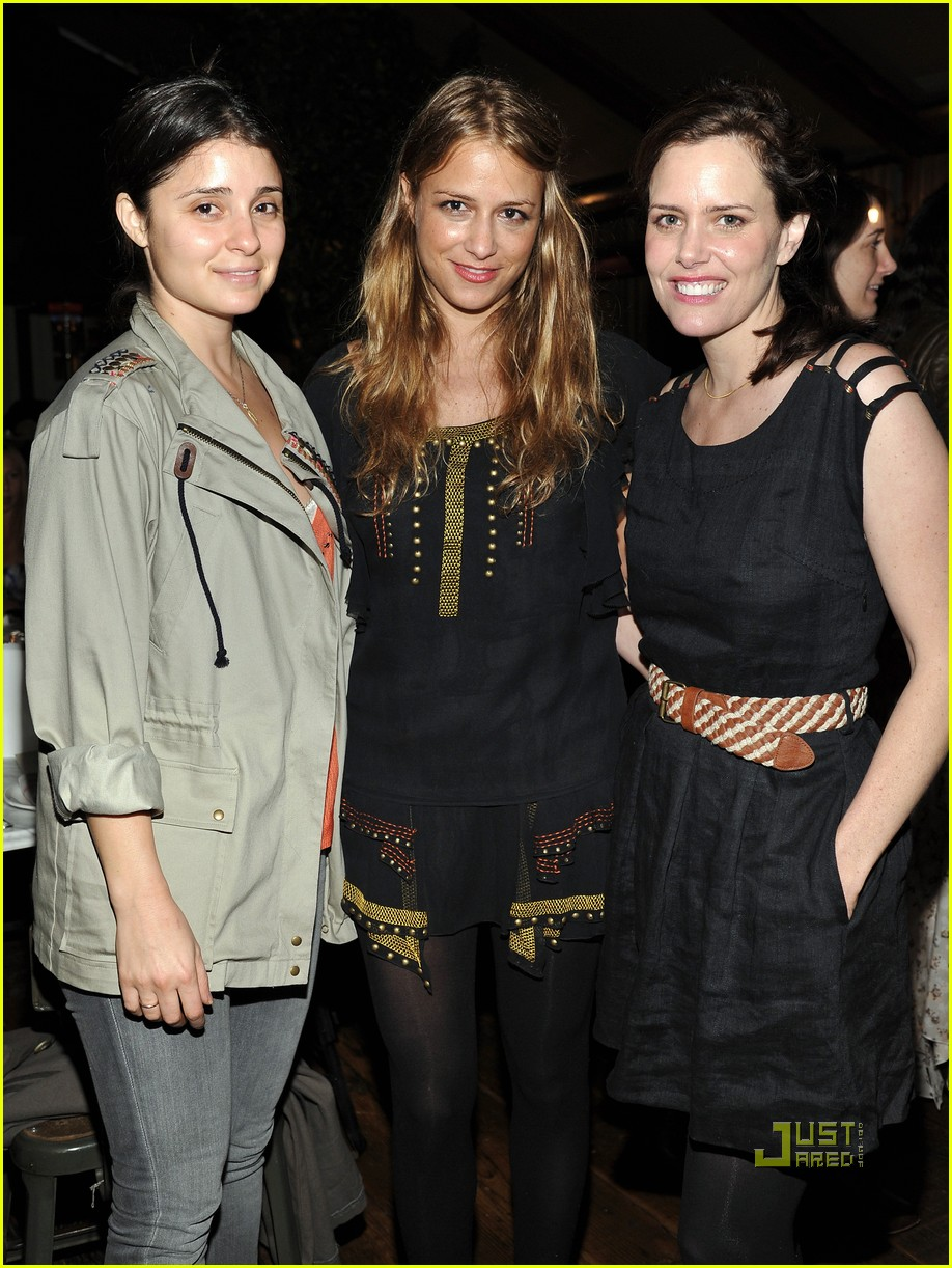 shiri appleby ronson dinner mindy kaling 022503969