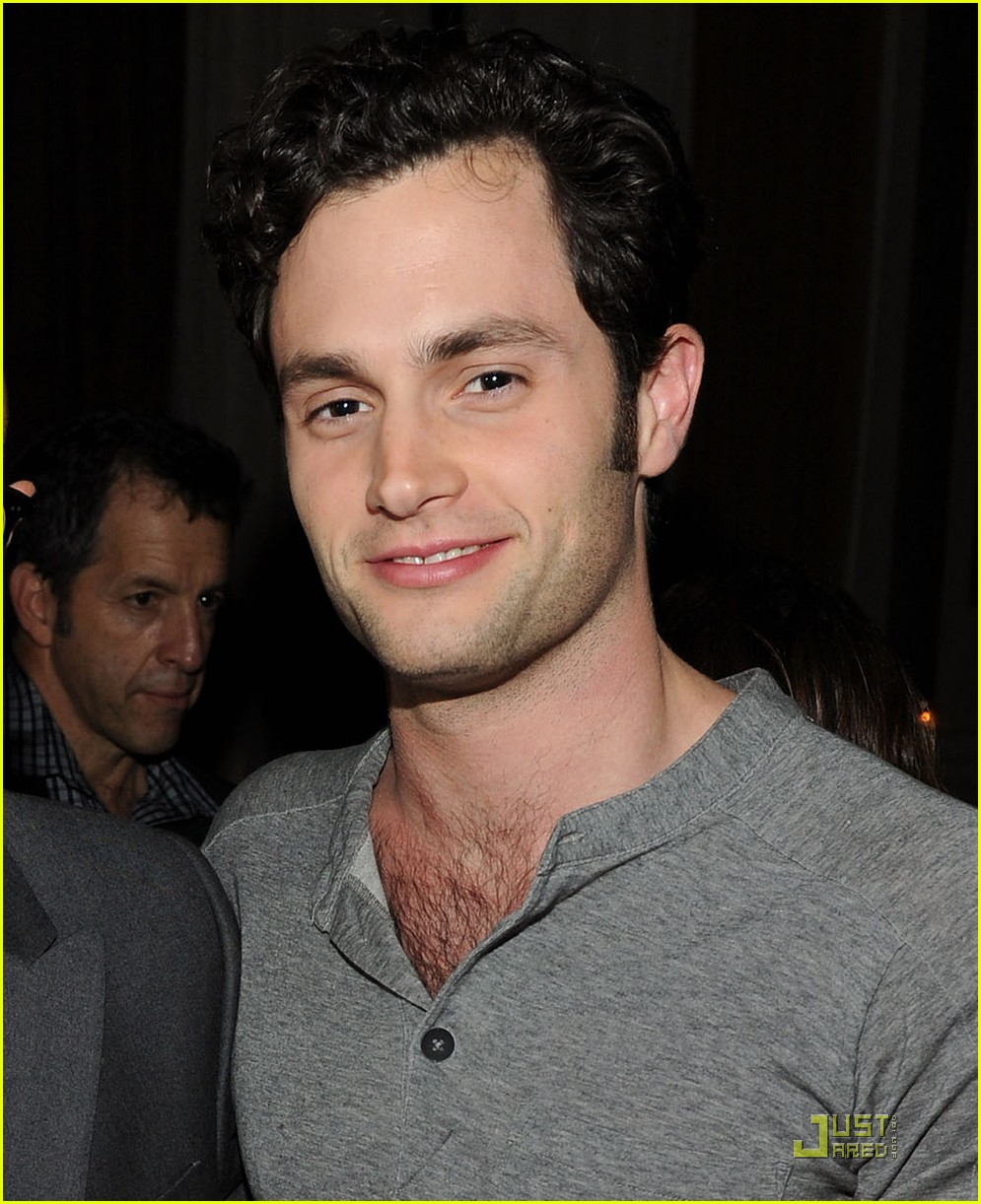 penn badgley cairo 032504103