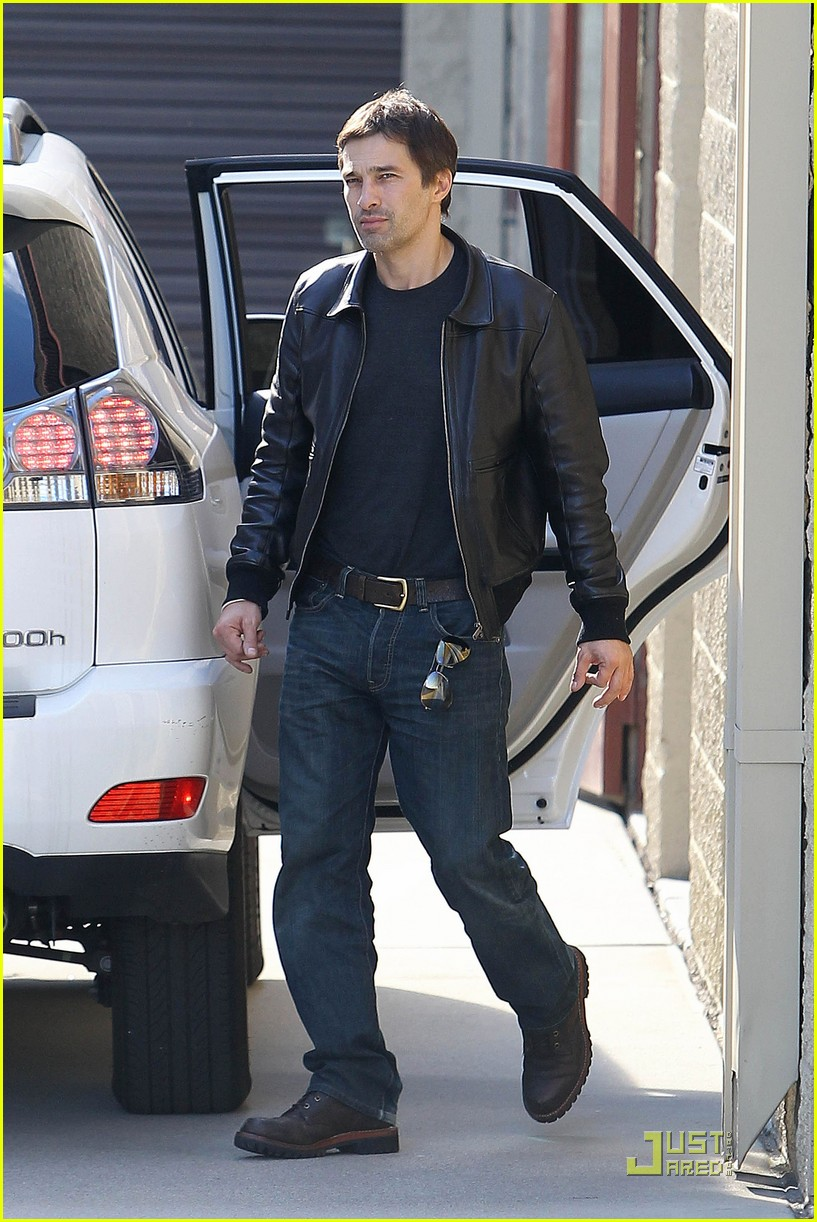 halle berry olivier martinez storage 082501999