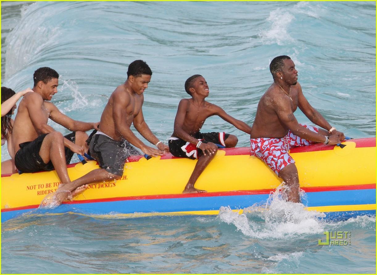 diddy banana boat 17