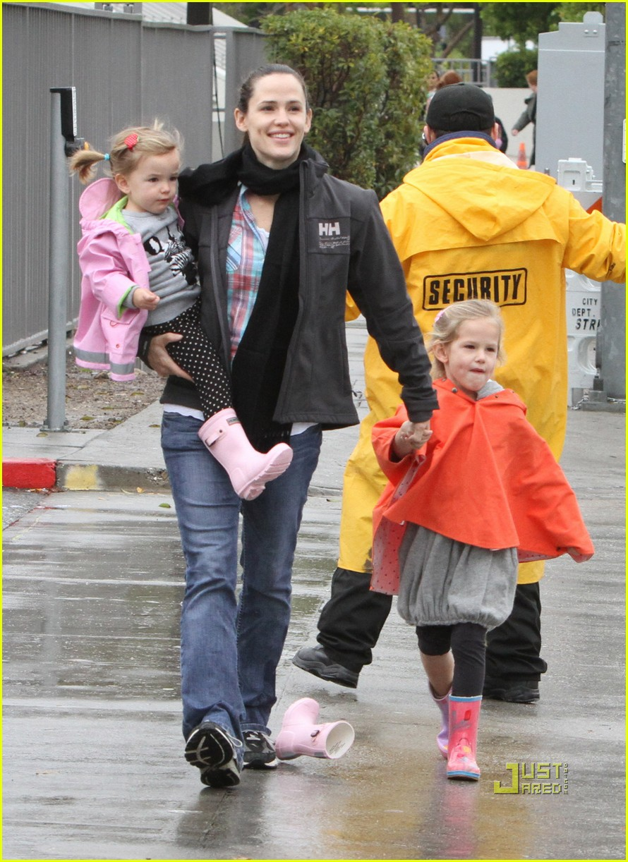 jennifer garner disney on ice 14