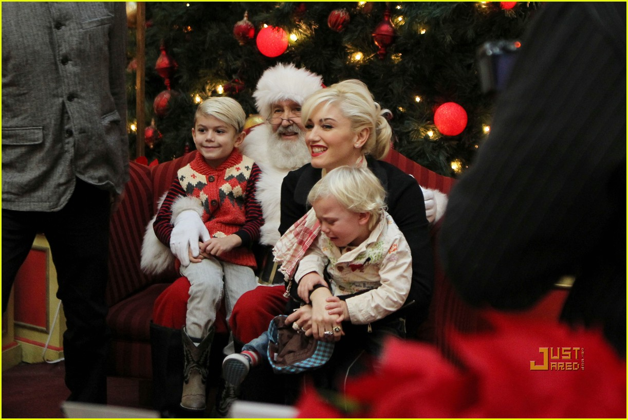 gwen stefani santa claus visit with family - Pictures With Santa Claus