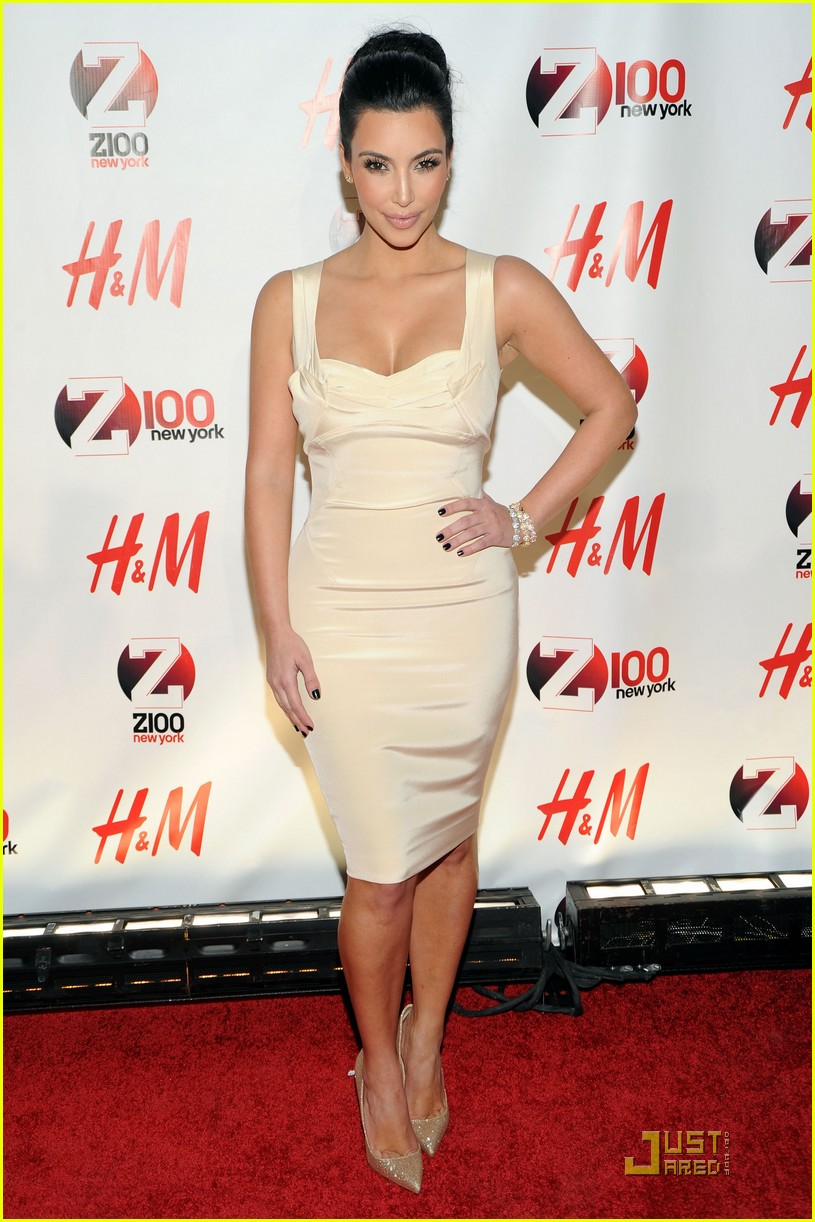 kim kardashian z100 jingle ball 2010 102502545