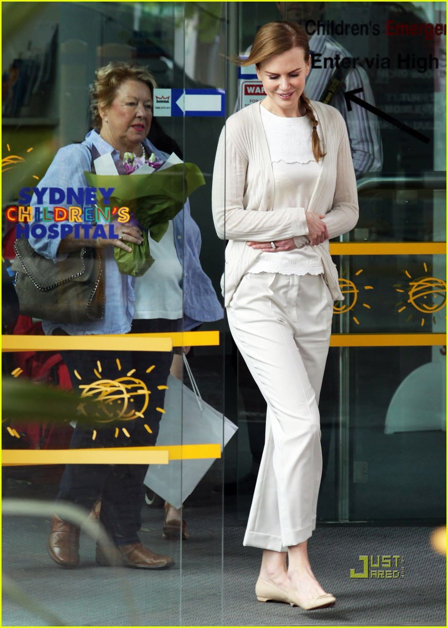 nicole kidman sydney childrens hospital 032505400