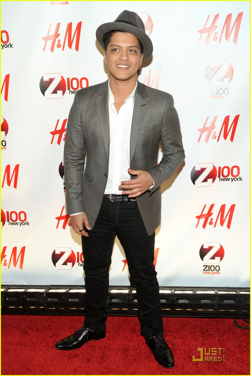 bruno mars z100 jingle ball 02
