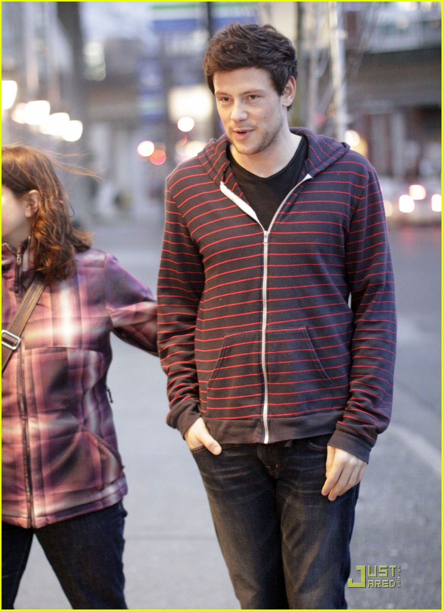cory monteith fan friendly canuck 022506470