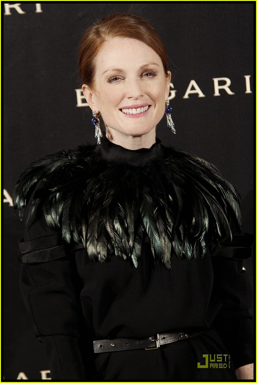 julianne moore bulgari 122502737