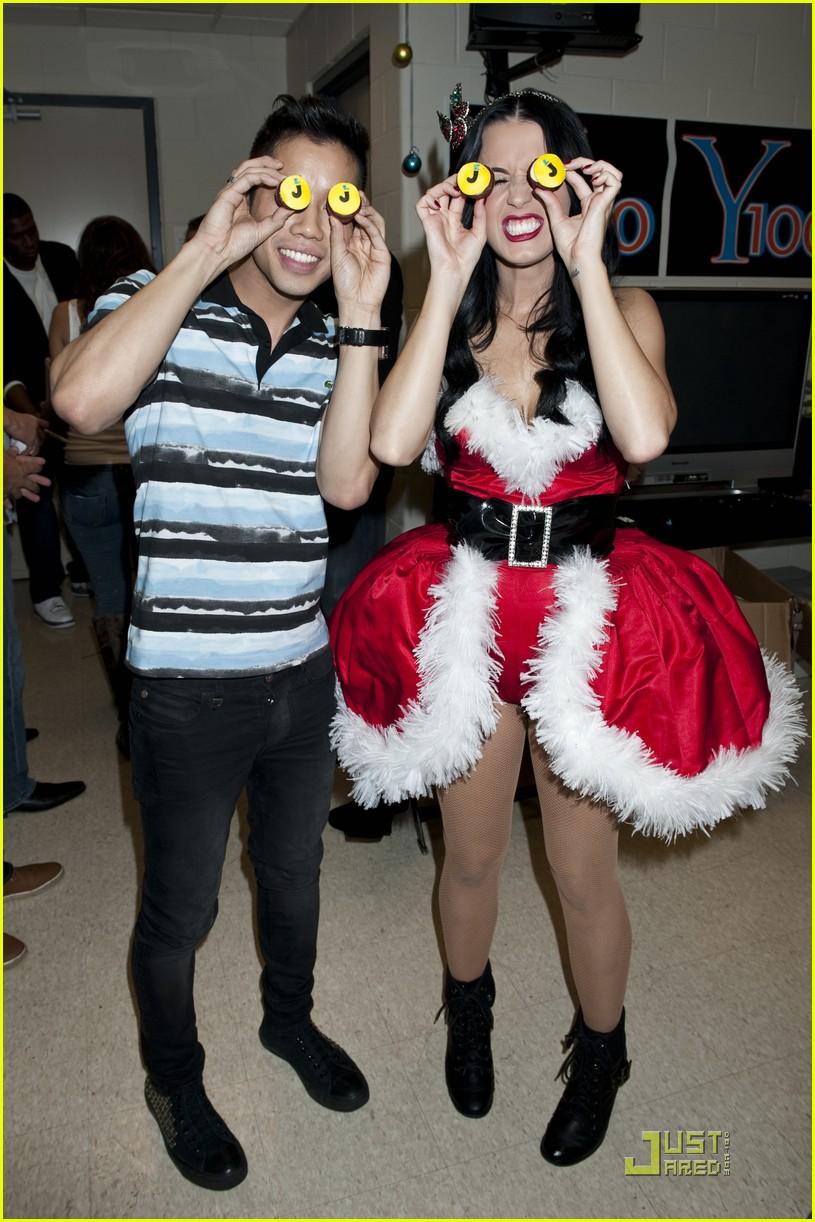 Katy Perry Brings Holiday Spirit to Y100 Jingle Ball: Photo 2502955 | Katy Perry, Y100 Jingle ...