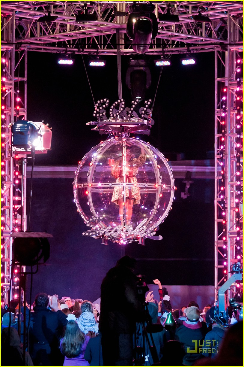 snooki new years eve ball drop preview 02