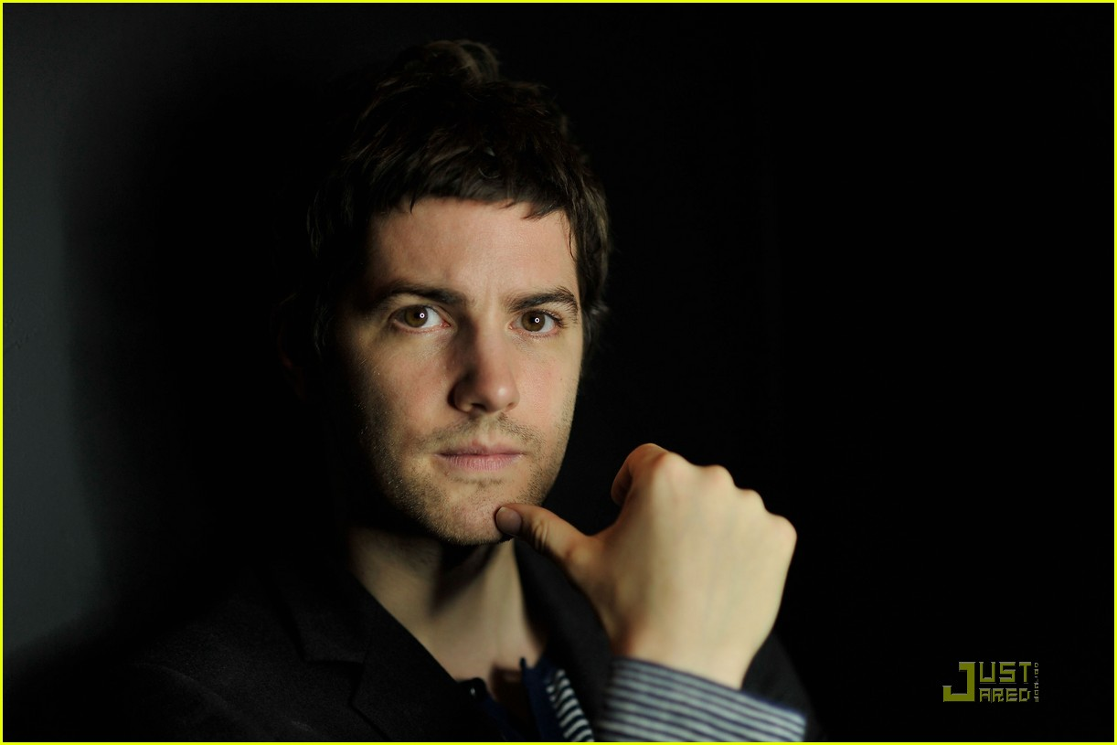 jim sturgess portraits 092504758