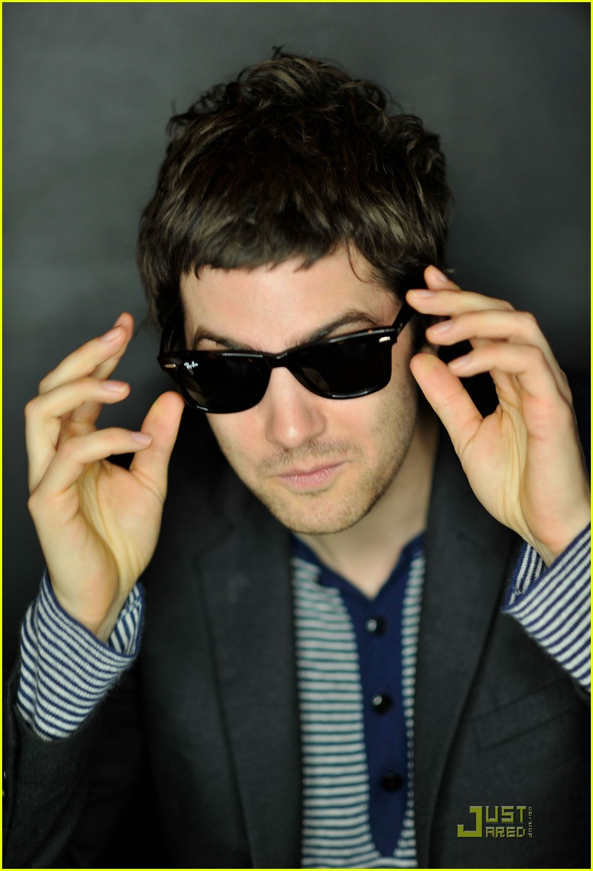 jim sturgess portraits 152504764
