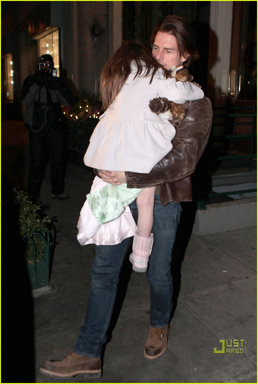 katie holmes tom cruise suri night out 02