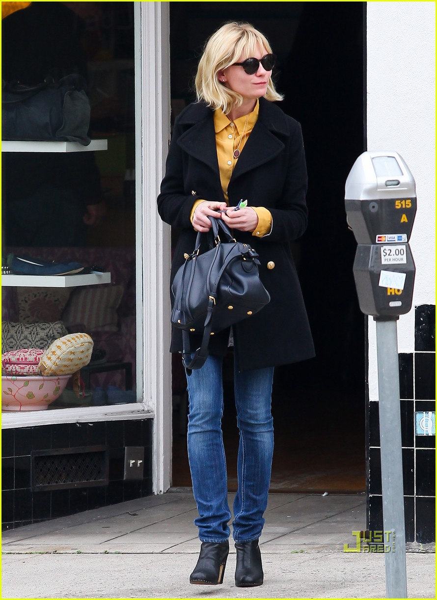 kirsten dunst parking ticket 092506076
