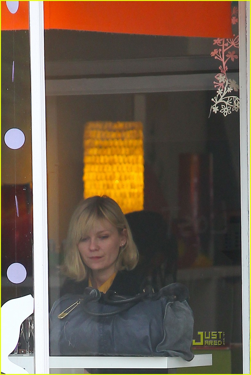 kirsten dunst parking ticket 132506080