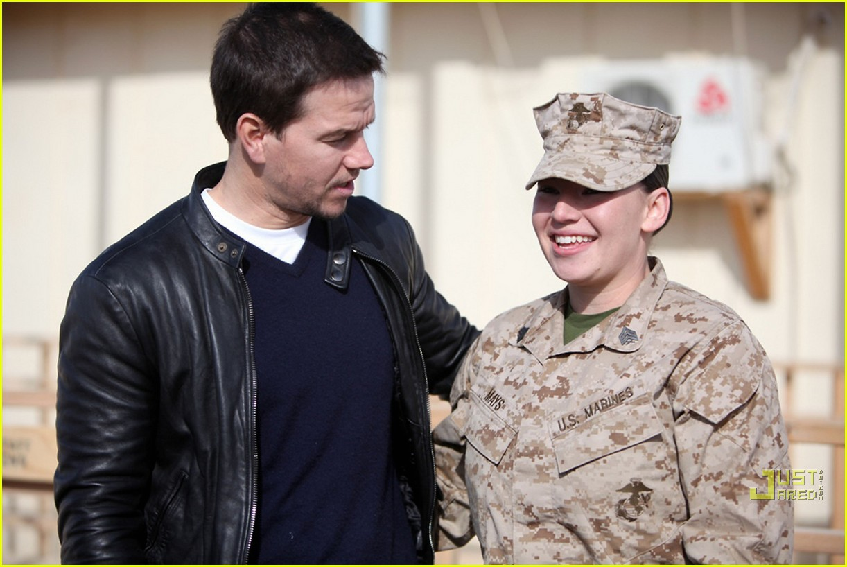 mark wahlberg salutes troops 10