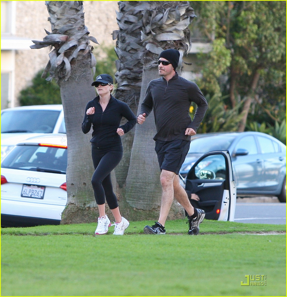 reese witherspoon jim toth jogging 15