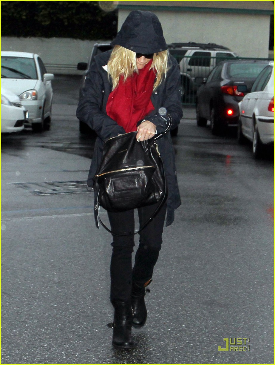 reese witherspoon ona 052505557