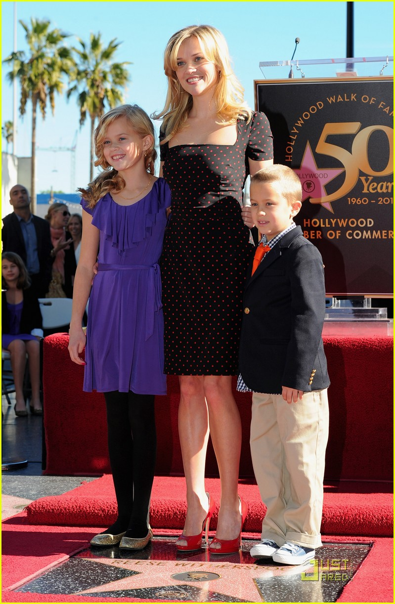 reese witherspoon star 032500018